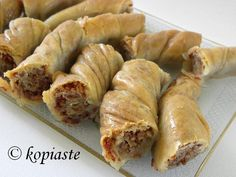 Tsipopita is a traditional Cypriot dessert (pita) made with home made phyllo and tsipa, which is the name of the butter used. To make this butter full fat ewe's milk is used and it is made … Greek Sweets, Greek Desserts, Greek Recipes, Desert Recipes, Greek Baklava, Turkish Baklava, Cyprus Food, Arabian Food, Homemade Sweets