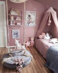 Jeg har en stor lidenskap for barneromsinteriør. På Instagram har jeg en konto hvor jeg styler barnerom under navnet @mamma_malla. Decor Room, Bedroom Decor, Home Decor, Fantasy Bedroom, Fairytale Bedroom, Girl Bedroom Designs, Design Bedroom, Teen Girl Bedrooms, Kids Bedroom Ideas For Girls