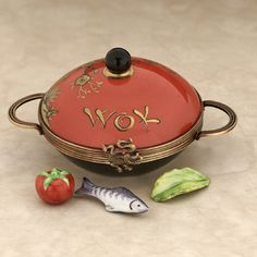 Limoges wok with fish and vegetables box