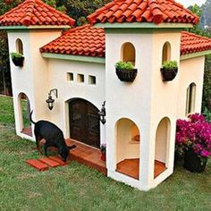 Pets Home La Petite Maison Custom Dog House Mexican Hacienda Sharing is caring, don't forget to share ! Custom Dog Houses, Cool Dog Houses, Amazing Dog Houses, Dog Mansion, Luxury Dog House, Luxury Houses, Canis, Mexican Hacienda, Hacienda Style