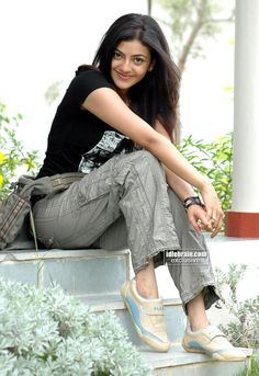 Cinema Actress, Indian Film Actress, Stylish Girl Images, Stylish Girl Pic, Indiana, Stylish Dpz, Fashion Designer, Most Beautiful Indian Actress, Indian Celebrities