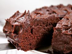 You won't need frosting when you make this recipe for spiced apple cocoa cake with chocolate chips. Food Cakes, Cupcake Cakes, Brownie Recipes, Cake Recipes, Cocoa Cake, Chocolate Brownies, Chocolate Chips, Fig Cake, Whole Food Recipes