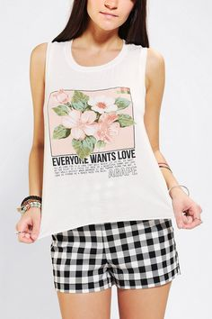 Truly Madly Deeply Floral Tulip-Back Muscle Tee #urbanoutfitters I want this SOOOOOOO BAD!!!!!!
