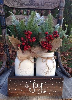 50 Amazing Christmas Bathroom Decorations That Will Amaze You — TERACEE - christmas dekoration Country Christmas, Christmas Holidays, Christmas Wreaths, Christmas Tree Ideas, Christmas Porch, Christmas Lights, Handmade Decorations, Xmas Decorations, Christmas Centerpieces For Table