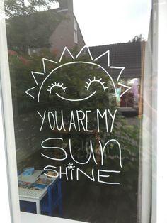 Krijtstift tekening – Zon quote: you are my sunshine