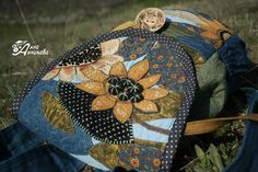 Wool Felt, Felted Wool, Quilted Bag, Embroidery Applique, Fiber, Quilts, Textiles, Backpacks, Beads