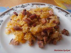 Recept přidávám se souhlasem majitelky MARTINY http://martininakuchyne.blogspot.cz/2013/01/dita-p-zeli-pecene-s-uzeninou.html