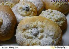 Výborné kynuté těsto recept - TopRecepty.cz Hamburger, Muffin, Bread, Breakfast, Recipes, Food, Kuchen, Morning Coffee, Brot