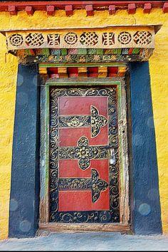 Tibet doors