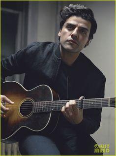 Oscar Isaac - Details 2015