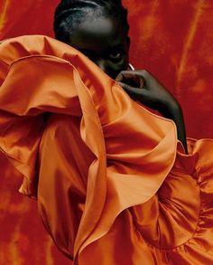 Hauntings Of A Female Poet Black Girl Aesthetic, Orange Aesthetic, Look Fashion, Fashion Beauty, Fashion Models, High Fashion, Kylie Jenner, Editorial Photography, Fashion Photography