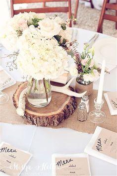 18 Ways to Use Deer    Antler for Your Rustic Wedding! #Weddings #weddingdecor