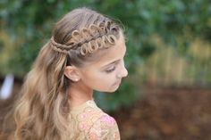 coiffure fille avec cheveux long tresse diadème avec rubans