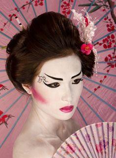 1000+ ideas about Geisha Costume on Pinterest   Kimono Dress ...