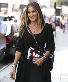 Сара Джессика Паркер запускает линию черных платьев