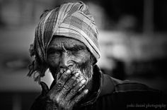 Lighting up   Joshi Daniel Photography   Images Of People Black and white portrait of a smoking old man from Bangalore