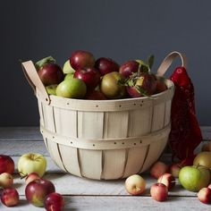 10 Easy Pieces: Bushel Baskets