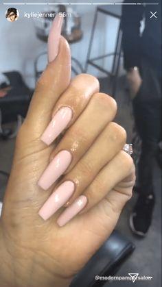 – kylie jenner nail – – K … – nails Ongles Kylie Jenner, Uñas Kylie Jenner, Acrylic Nails Kylie Jenner, Kylie Jenner Nails, Best Acrylic Nails, Coffin Nails Designs Kylie Jenner, Khloe Kardashian Nails, Long Square Acrylic Nails, Long Square Nails