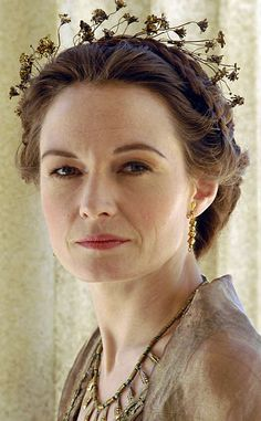 Featuring Catherine McCormack portraying Poppaea Sabina, mistress and then wife to Nero, who reportedly kicked her to death in a fit of rage. Ancient Rome, Ancient Greece, Makeup Inspiration, Character Inspiration, Catherine Mccormack, Roman Era, Roman Fashion, Outdoor Yoga, Anja Rubik