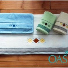 Buy hand towels in bulk at wholesale prices from Oasis Towels. Get a wide variety of colors, fabric and patterns to choose from. Call Us @ 1 855 525 2642 & get spacial Discount on you bulk order! If you are retailer,Wholesaler then for free discussion fill up the contact us from.  Website: