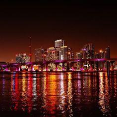 skyline in Miami, Florida Miami Beach, South Beach, Miami Florida, South Florida, Venice Beach, City Lights At Night, Night City, Miami Vice, Ibiza