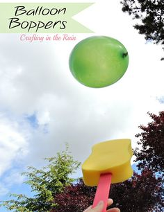 DIY balloon paddles plus really great ideas for fun DIY backyard party games to try.