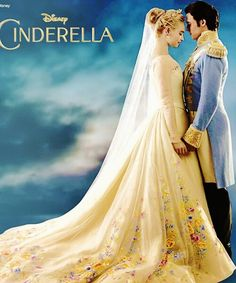 Richard Madden And Lily James In Cinderella 2015