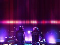 DJ - картинки на телефон: http://wallpapic.ru/music/dj/wallpaper-41550