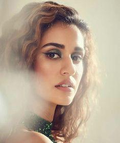 Bollywood Actress Hot Photos, Bollywood Actors, Bollywood Celebrities, Image News, Image Hd, Latest Images, Latest Pics, Disha Patani Wallpapers, Disha Patani Instagram