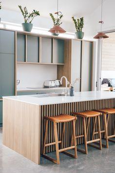 Kitchen Room Design, Modern Kitchen Design, Home Decor Kitchen, Kitchen Living, Interior Design Kitchen, New Kitchen, Home Kitchens, Kitchen Mixer, Kitchen Benches