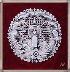 Best 12 zawieszki do okna – SkillOfKing.Com - Her Crochet Filet Crochet Charts, Crochet Motif, Crochet Designs, Crochet Doilies, Crochet Christmas Ornaments, Christmas Crochet Patterns, Christmas Embroidery, Crochet Home, Crochet Baby