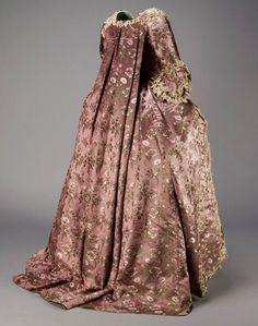 1766 Robe à la Francaise