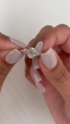 Cute Engagement Rings, Engagement Ring Shapes, Diamond Engagement Rings, Most Beautiful Engagement Rings, Diamond Rings, Oval Diamond, Dress Rings, Ring Verlobung, Beautiful Rings