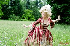 viona-art.com looks more French Revolution than Victorian, but it's a grand costume