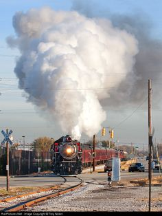 Net Photo: SOU 630 Southern Railway Steam at Chattanooga, Tennessee by Troy Nolen Railroad History, Choo Choo Train, Southern Railways, Chattanooga Tennessee, Sight & Sound, Steam Engine, Steam Locomotive, Train Tracks, Bridges