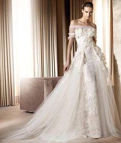 Gown. Elie Saab
