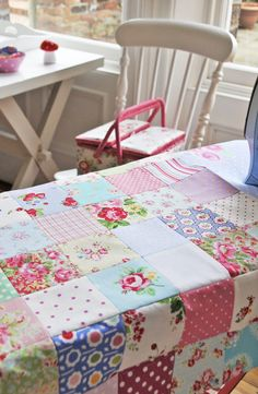 I want to learn how to make a quilt. Helen Philipps: Happy Making