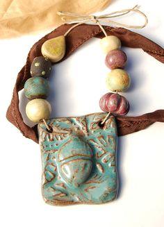 Handmade ceramic pendant and beads - gaea.cc