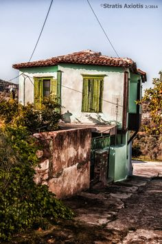 traditional house in Kato Xalika by Stratis Axiotis / Greek House, Kato, Beautiful Buildings, Greek Islands, Watercolor Ideas, Watercolour, Traditional House, Old Houses, Old Photos