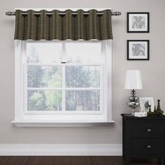 Deron Thermalayer Grommet Valance