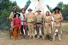 mountain man - Yahoo Image Search Results Mountain Man Rendezvous, Native American Warrior, Native Americans, Yahoo Images, Horn, Warriors, Image Search, Club, Big