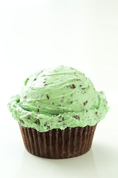 Chocolate Cupcakes with Fluffy Mint Chocolate Chip Buttercream Frosting | Cooking Classy