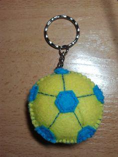 Broche balón futbol