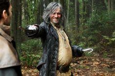 'Once Upon a Time' Creators Tease Hook's Hero Journey, Rumple's Flashback