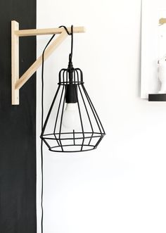 Découvrez notre univers design : chaise, lampe, table, trouvez des idées de #déco avec www.mobibam.com  #meuble sur-mesure. #LampMurale