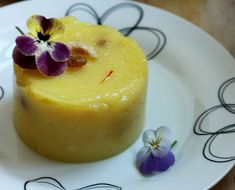 This Indian pudding is loaded with Ghee, flavoured with juicy pineapple bits and laced with the most expensive spice in this world.