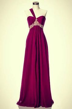 Another beautiful dress that I wouldn't have an event to wear it to.