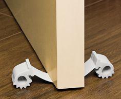 Protetor de plástico para porta - Evite o fechamento brusco das portas, evitando acidentes! - Banheiro / Ganchos, Travas e Suportes