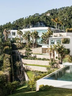 Villa Chameleon in Palma de Mallorca is currently on the market. Any takers...?