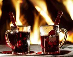glögg (warm spicy wine)